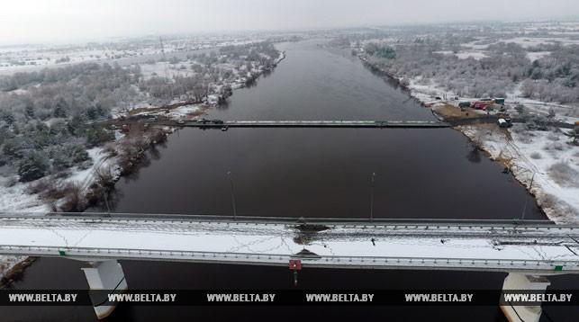 Аварийную часть моста через Припять хотят взорвать