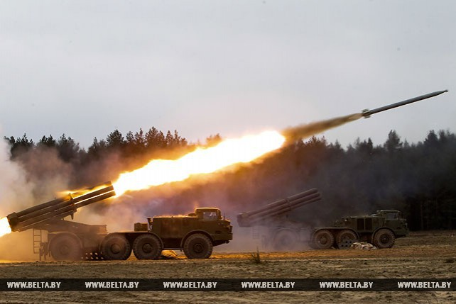 Под Барановичами начались военные учения