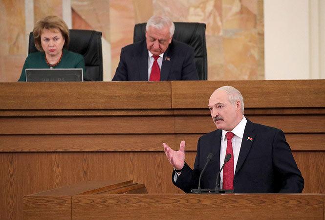 Лукашенко о белорусизации: Давайте будем делать все спокойно, шаг за шагом