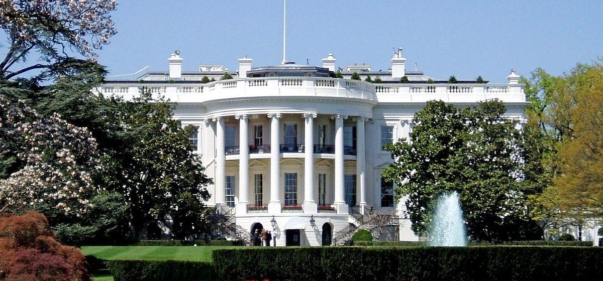 США вновь продлили приостановку санкций против белорусских предприятий