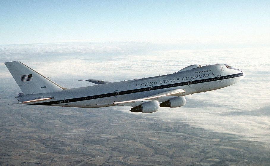 В США подняли в воздух борт E-4B Nightwatch, более известный как «самолет Судного дня»