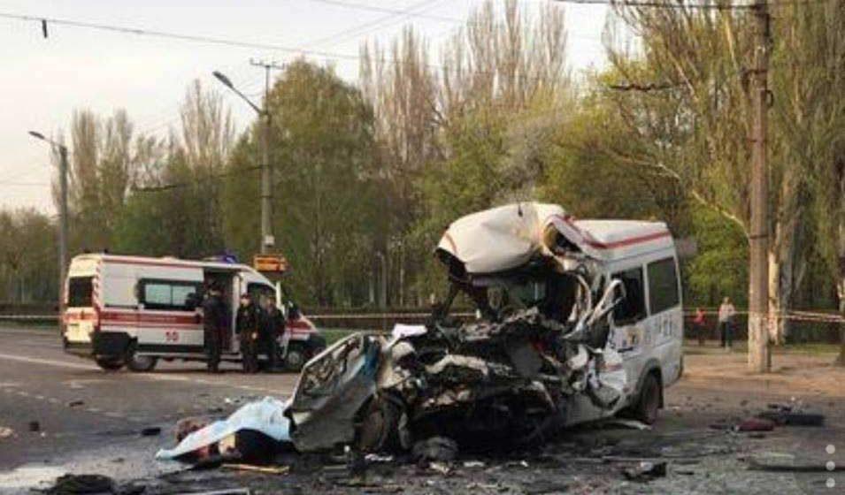 В Украине в тройном ДТП погибли 8 человек, около 20 пострадали