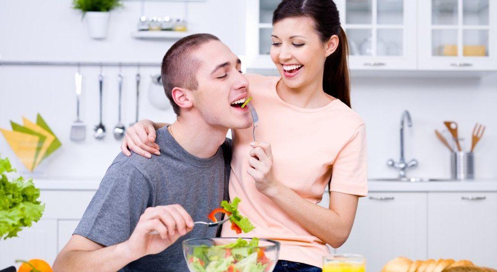 Продукты, которые рекомендуется регулярно употреблять мужчинам