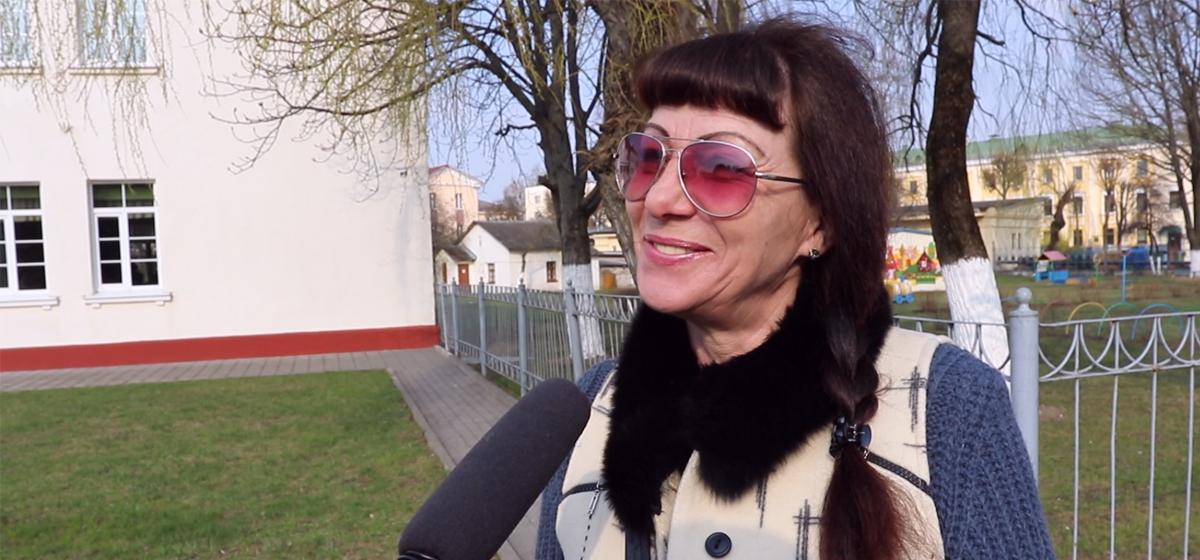Видеоопрос: Почему белорусы бедно живут?