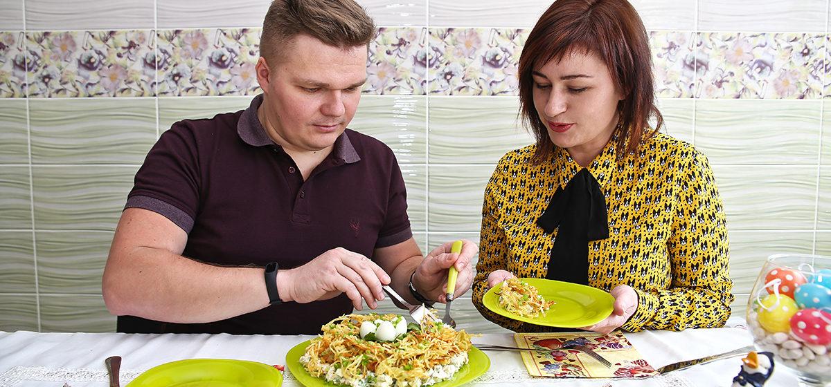 Пасхальные встречи. Ведущий праздников Дмитрий Мячикоф рассказал о своем бизнесе и приготовил салат на Пасху*