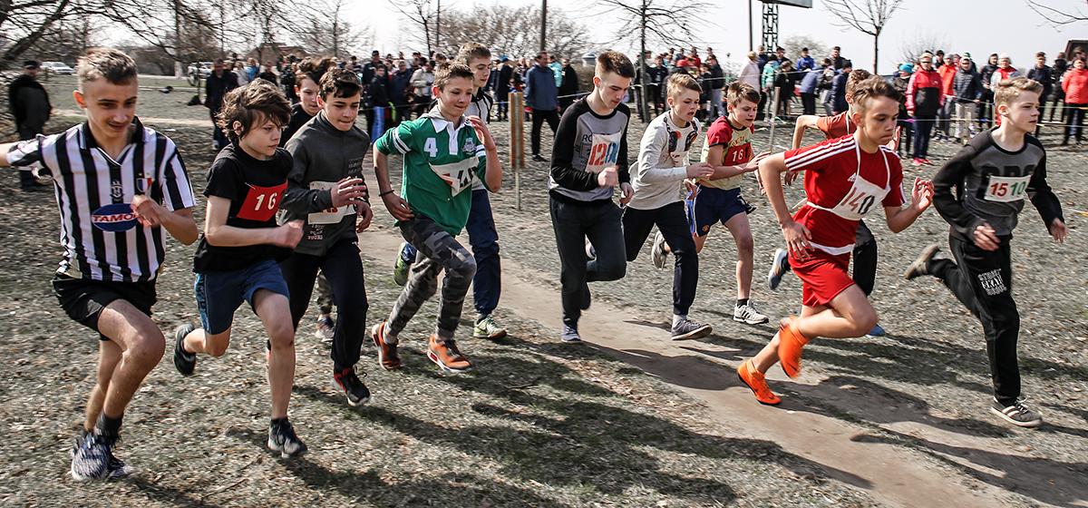 Кросс, консультации врачей, выступления спортсменов. Как в Барановичах прошла выставка-ярмарка «Здоровье-2018»