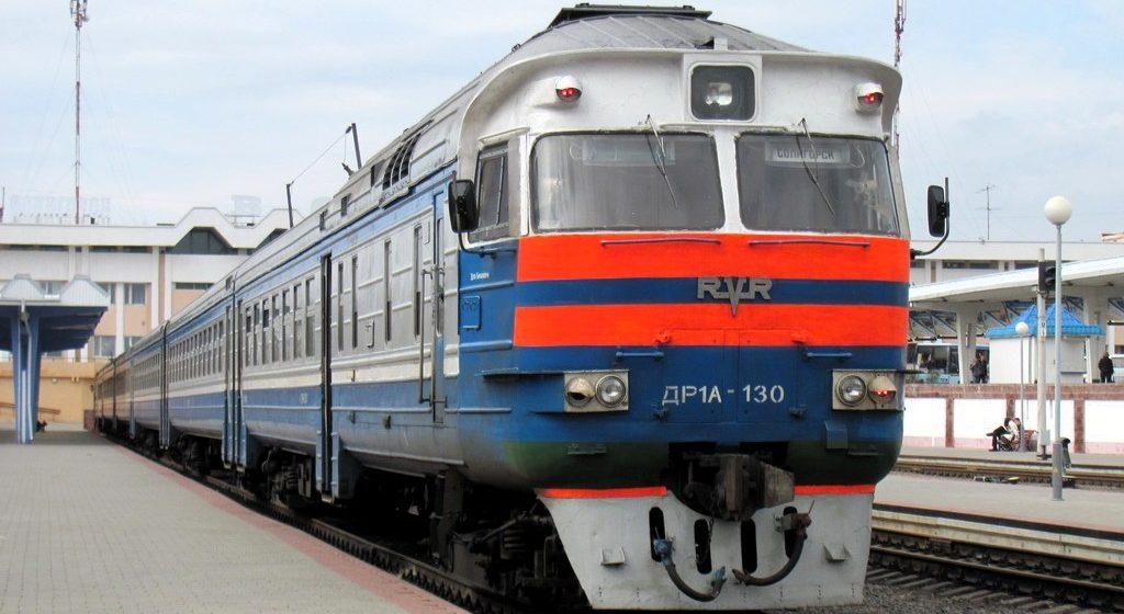 С 1 мая в Беларуси действуют льготы на проезд пенсионерам в поездах региональных линий