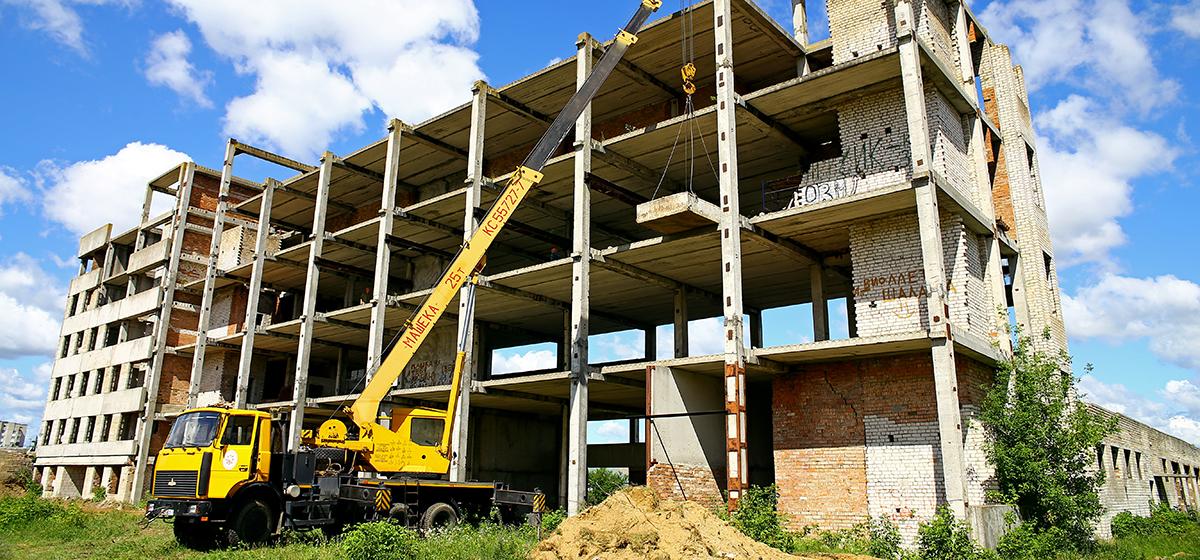 В Барановичах на месте снесенного долгостроя в Южном микрорайоне построят многоэтажки