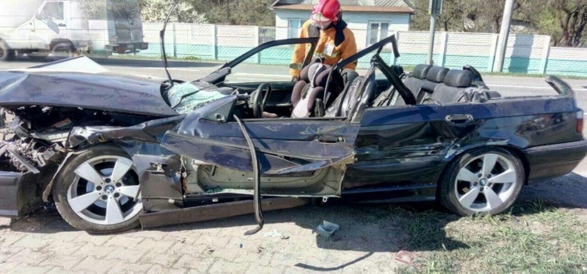 Подробности тройного ДТП на М1: водитель погиб, его сын в реанимации