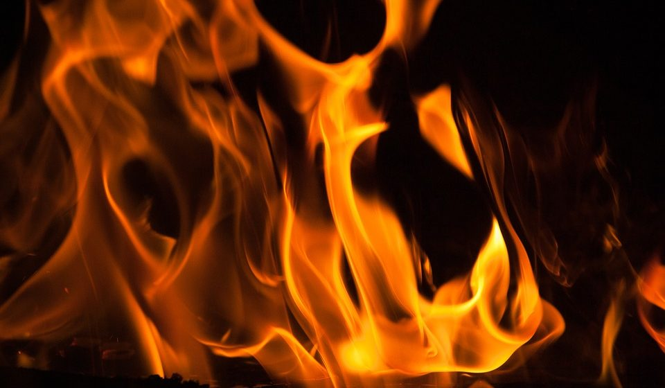 В Бобруйском районе 61-летний мужчина облил себя бензином и поджег