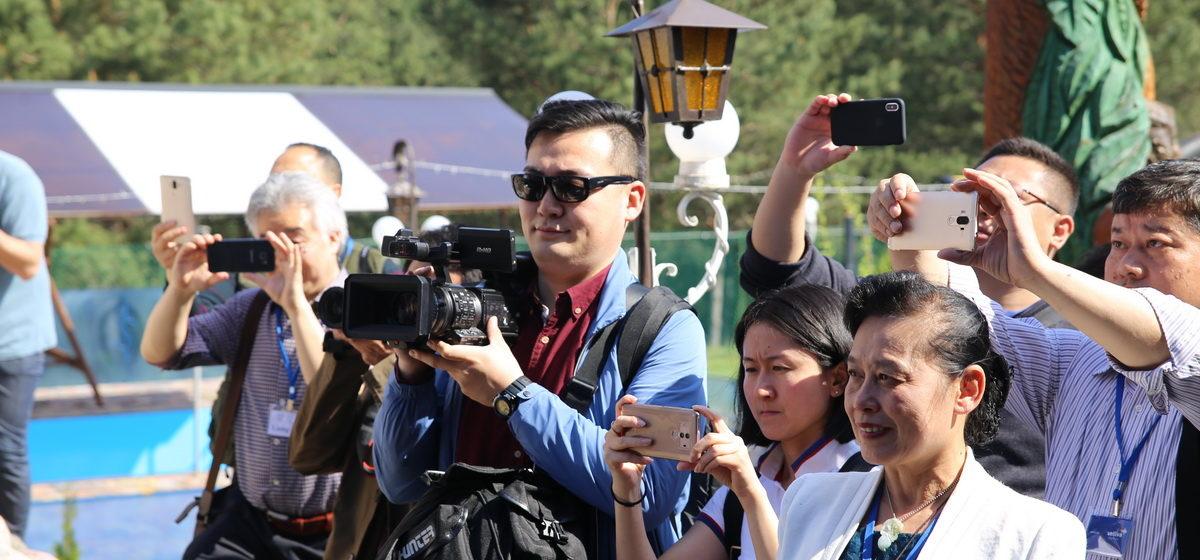 Китайские журналисты побывали вБарановичском районе