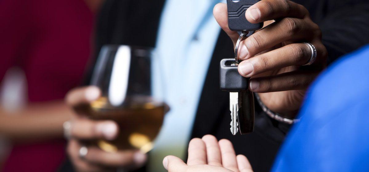 В Гродно услугу «трезвый водитель» оказывал пьяный таксист