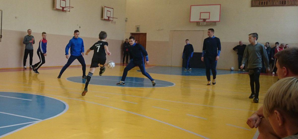Футболисты ФК «Барановичи» пообщались со своими болельщиками и провели для них мастер-класс
