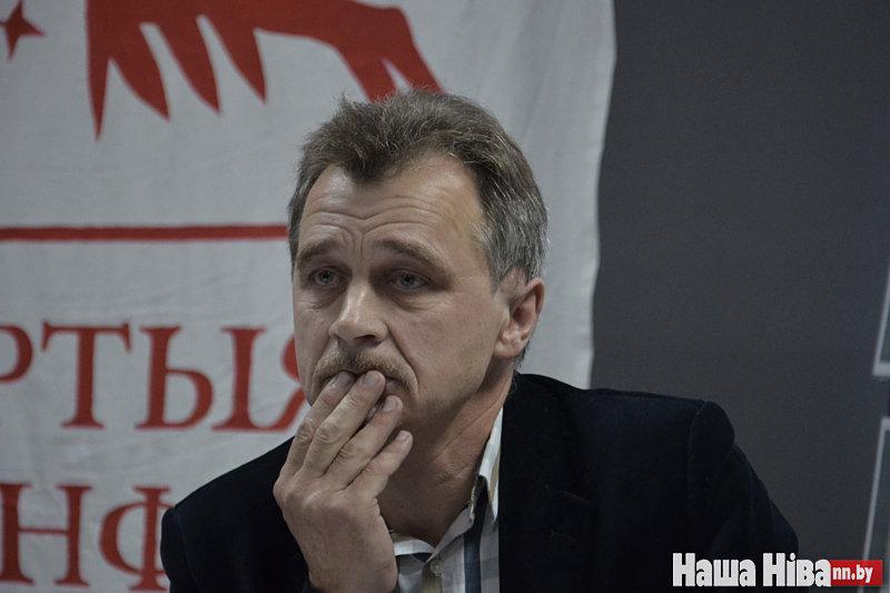 Лебедько перестанет возглавлять Объединенную гражданскую партию после 18 лет председательства