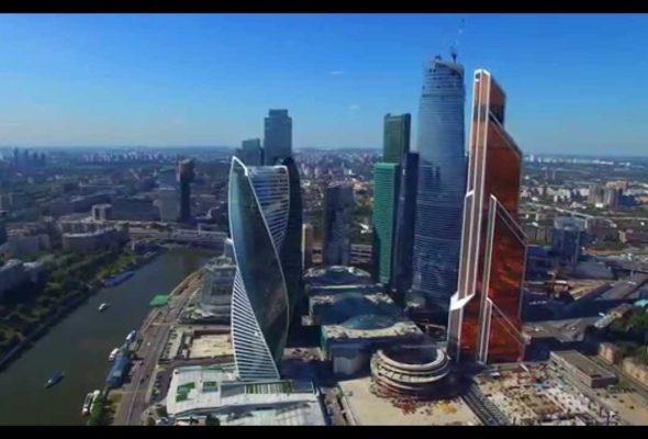 Из «Москва-Сити» из-за дыма эвакуируют людей
