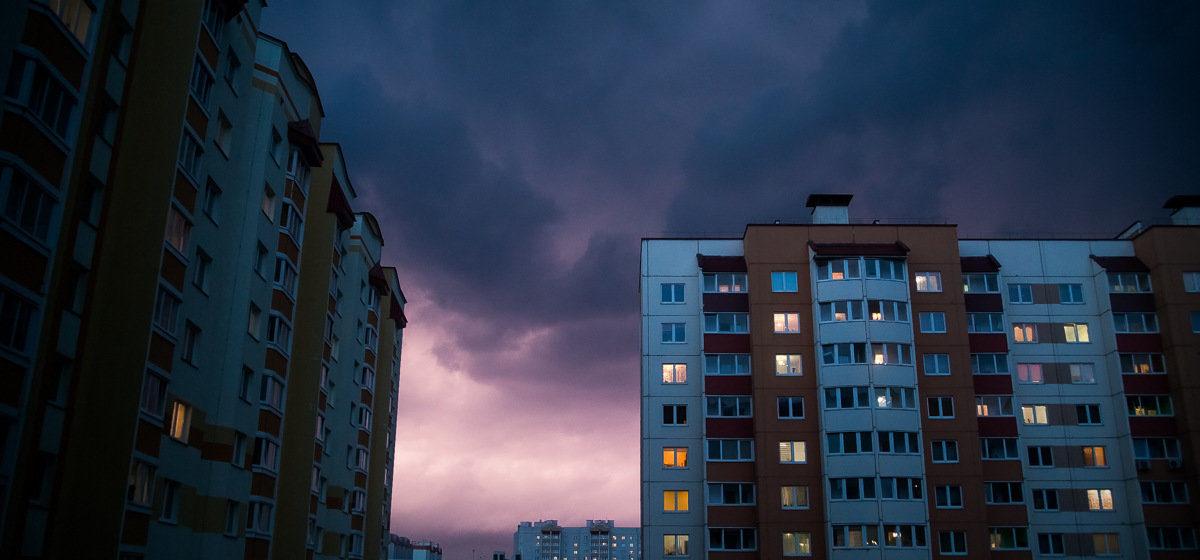 Гроза, ливни, град, сильный ветер. Метеорологи объявили оранжевый уровень на вторую половину субботы, 8 июня