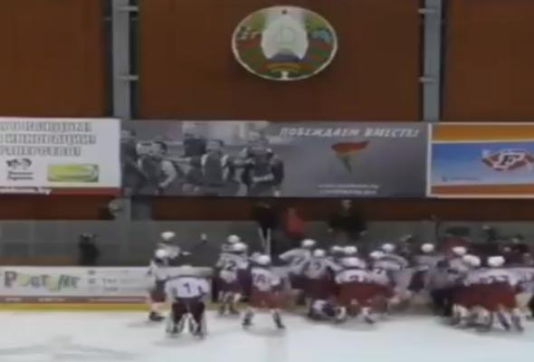 В Могилеве произошла массовая драка юных хоккеистов из России и Словакии (видео)