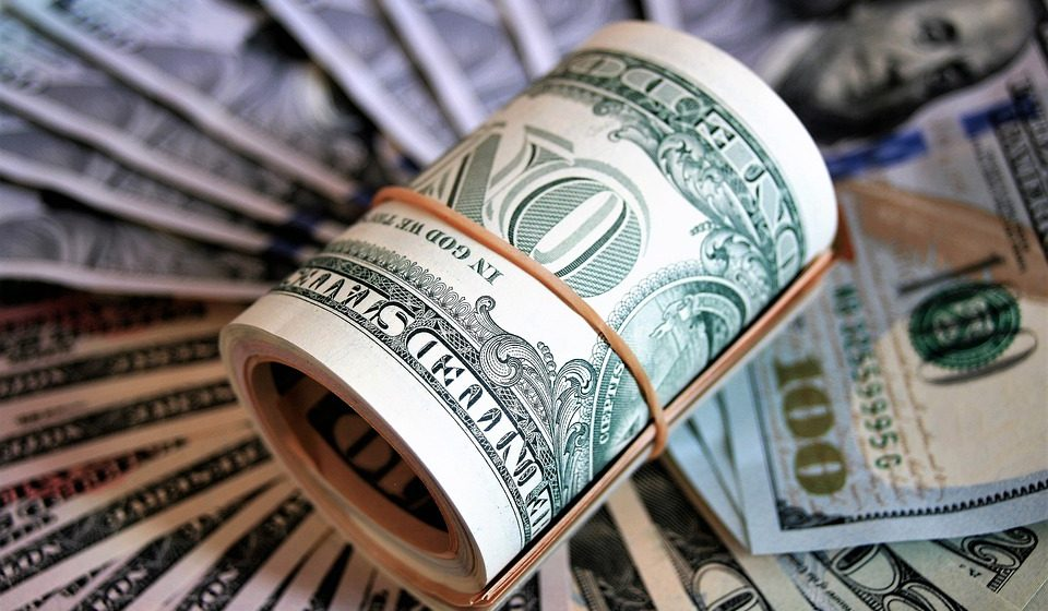 С начала недели в Беларуси доллар подорожал на 5,01%, евро — на 5,92%