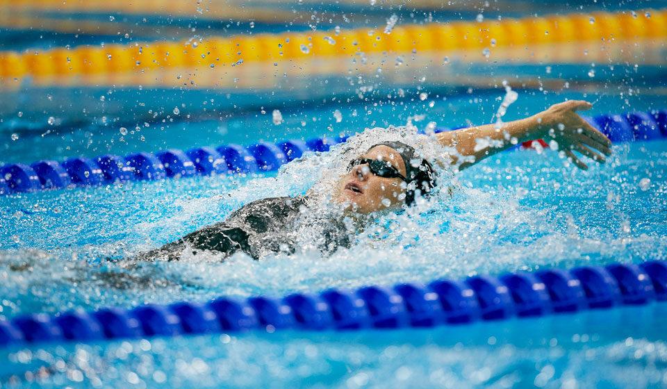 Воспитанницы барановичской школы плавания участвовали в чемпионате страны на большой воде