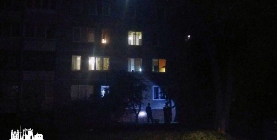 В Гродно 4-летний мальчик выпал из окна многоэтажки
