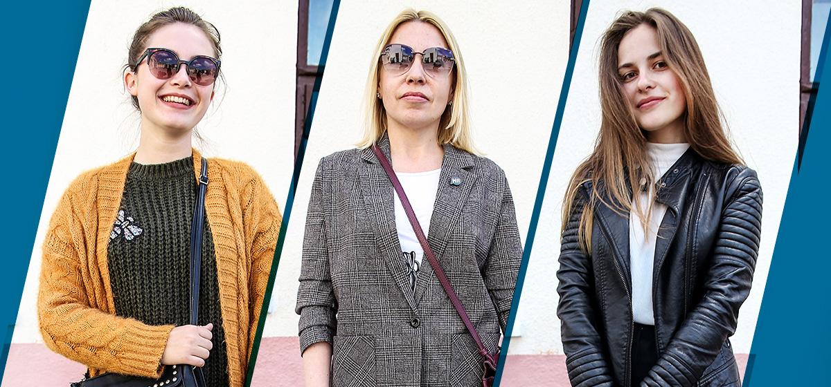 Модные Барановичи: Как одеваются студентки и оператор фотостудии