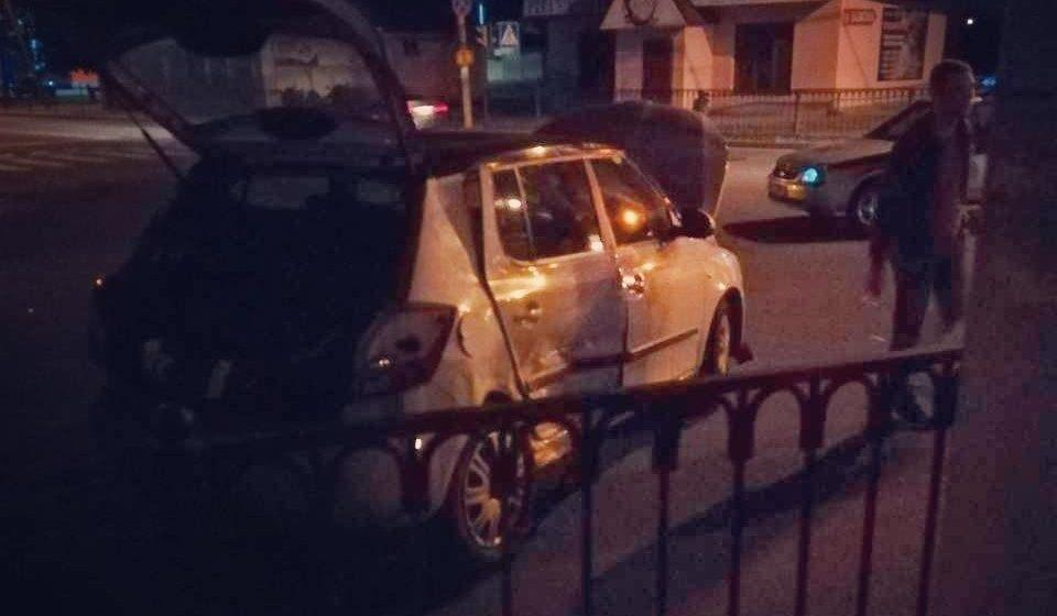 В Барановичах столкнулись две легковушки – пострадал один человек