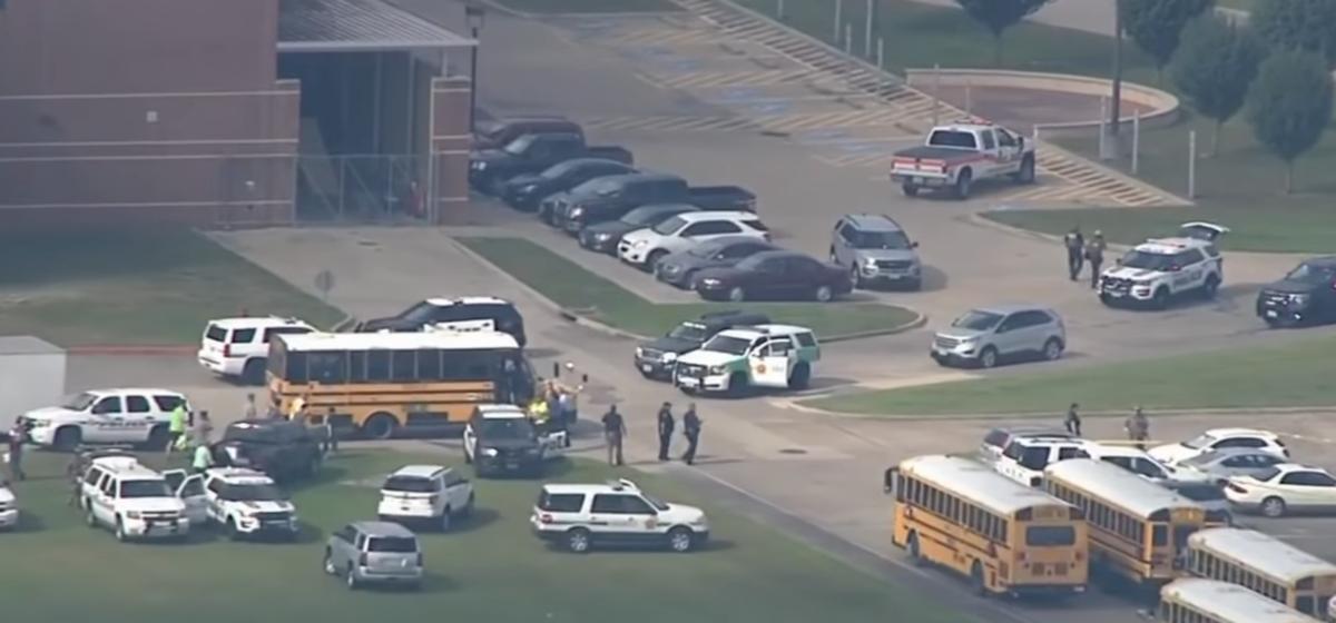 В Техасе преступник открыл огонь в школе. Погибли не меньше восьми человек