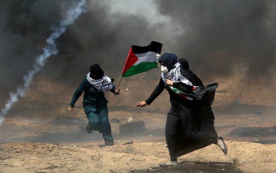 Израильские военные расстреляли демонстрацию палестинцев — погибли 59 человек
