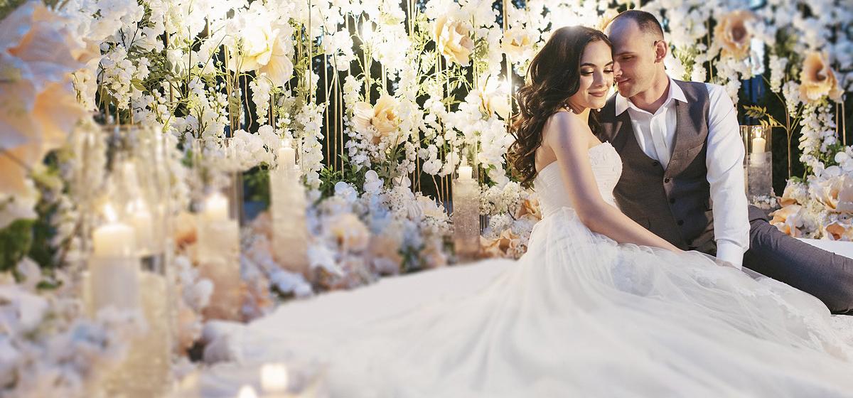 Свадьба в стиле «Крокус». Мы знаем, как провести торжество европейского уровня в центре Барановичей!*