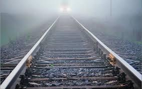 В Малорите товарный поезд сбил 59-летнего мужчину, который лежал на рельсах