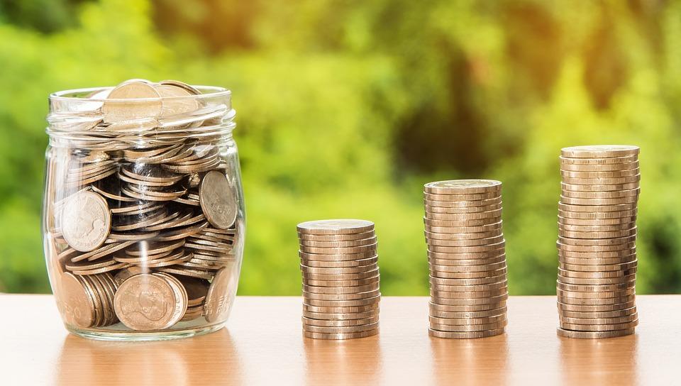 Экономист: Россия продолжает потихоньку скупать белорусские активы