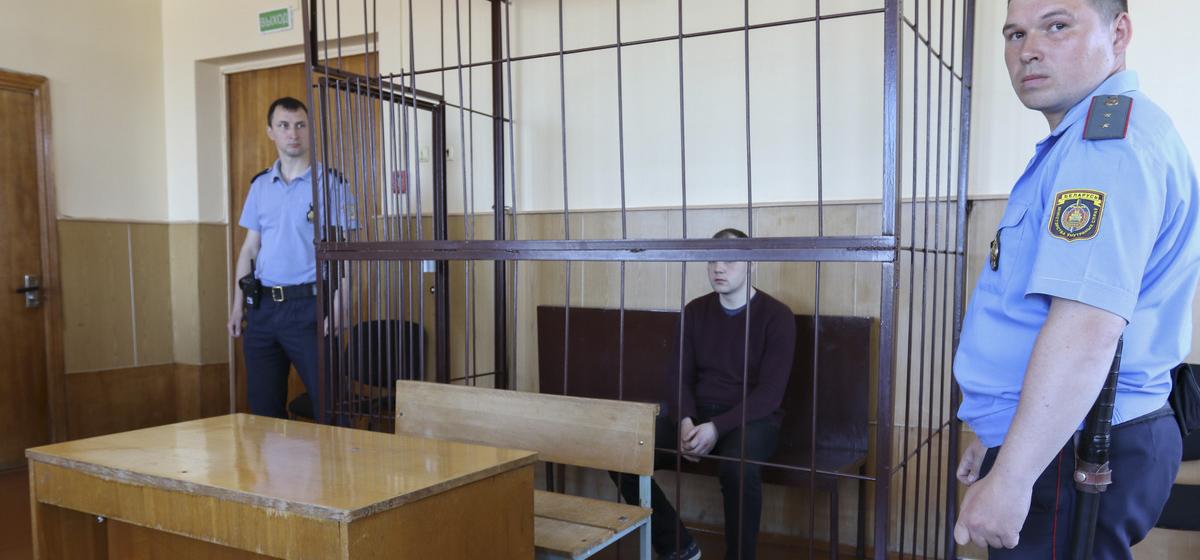 Осудили жителя Барановичей, который дважды пытался ограбить бухгалтеров авиазавода, следуя инструкции неизвестного