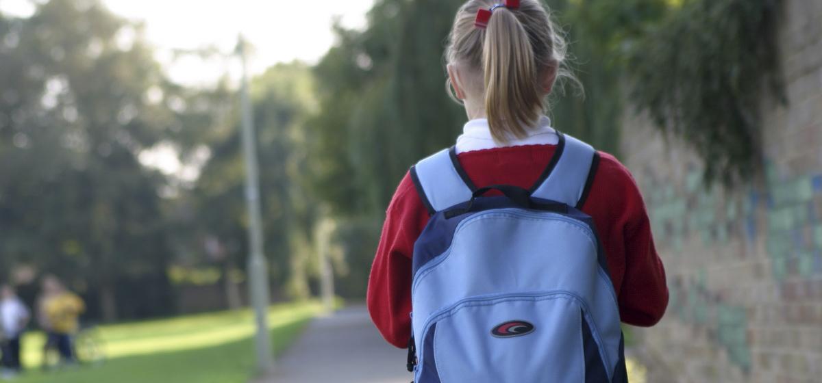 Барановичская мама рассказала, почему разрешает своей дочке прогуливать школу. «Детям сейчас нужно давать выбор»