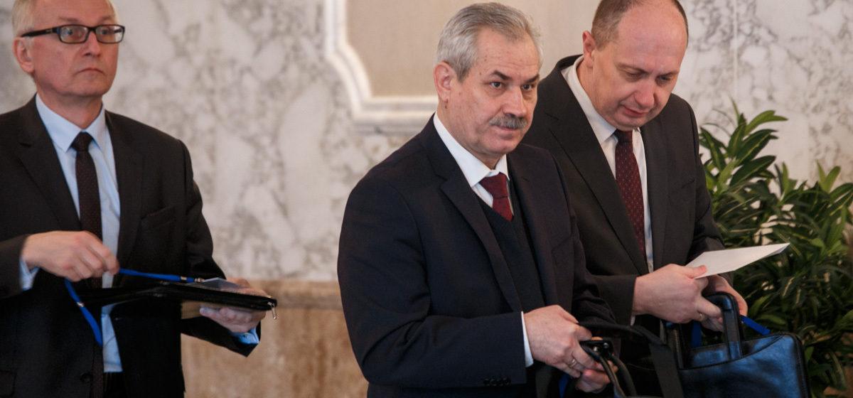 Стало известно, за что Александр Лукашенко уволил министра энергетики Владимира Потупчика
