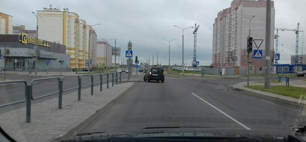 В Барановичах на перекрестке улиц Домейко и Скорины пять дней не работает светофор