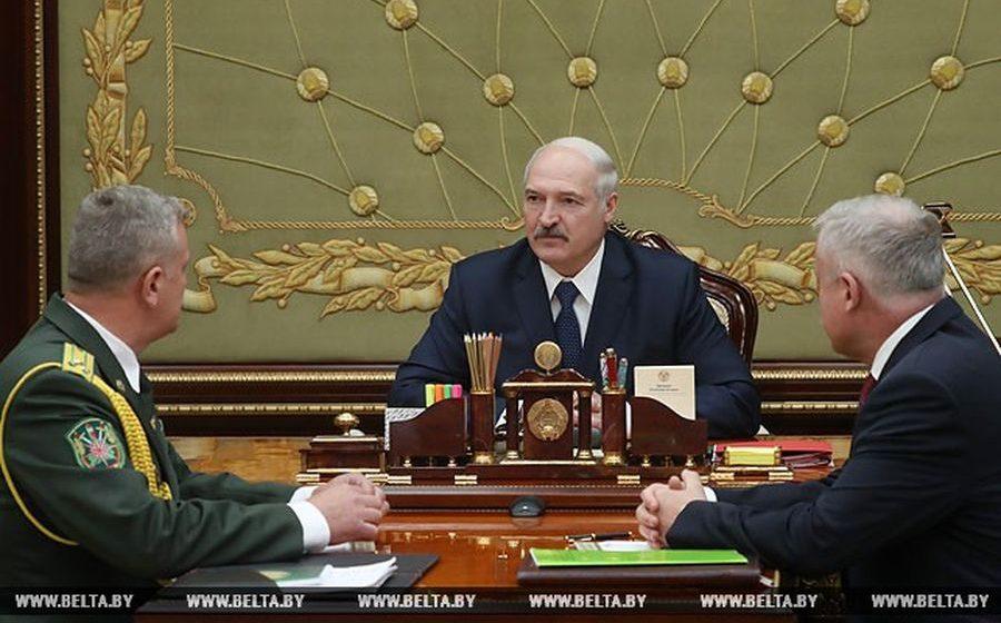 Лукашенко начальнику Госинспекции охраны животного и растительного мира: «Вы должны  железной рукой навести порядок в инспекции»