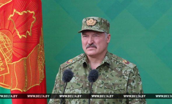 Лукашенко: Кому-то из России неймется приватизировать Победу в Великой Отечественной войне