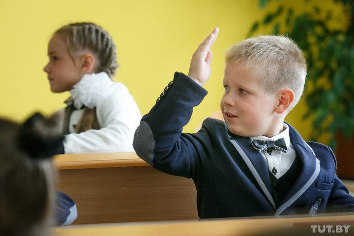 При приеме в гимназии будут учитывать, как долго ребенок зарегистрирован по нужному адресу