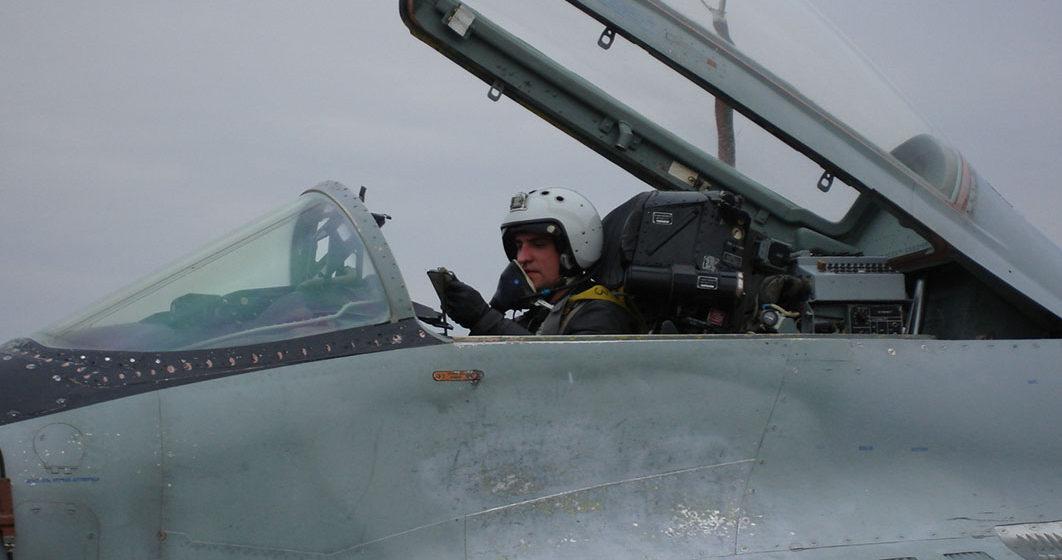 Замкомандира эскадрильи 61-й Барановичской истребительной авиабазы рассказал, что такого нашел в небе, чего нет на земле (фото, видео)