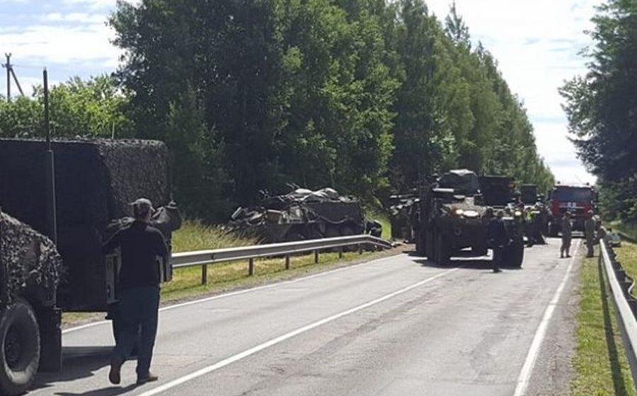 В Литве столкнулись четыре американских бронетранспортера – пострадали 13 военных