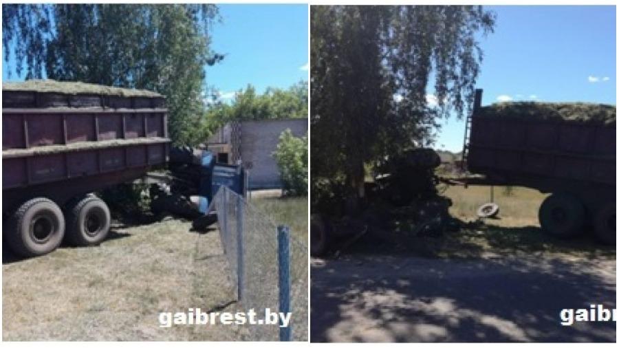 В Пинском районе трактор врезался в «МАЗ», выехал на обочину и придавил пенсионера