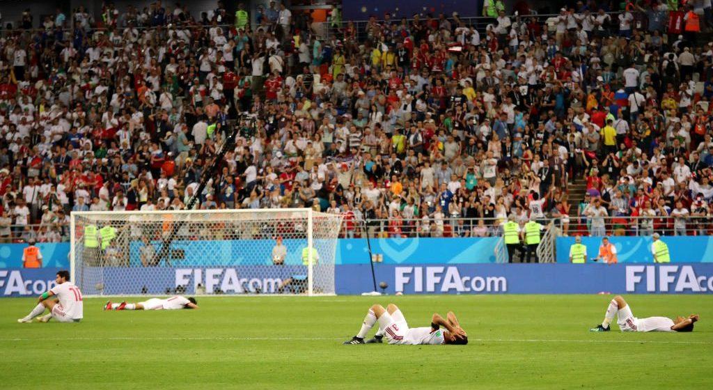 На чемпионате мира определились две пары команд в 1/8 финала. Россия разгромлена, гордые персы не победили и выбыли, КриРо промазал с точки, а Португалия едва не вылетела (видео)