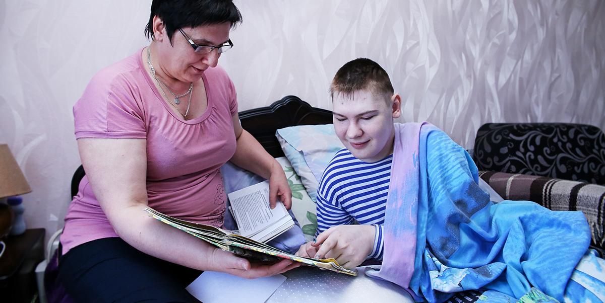 Елена Фурса с сыном Сашей. Фото: Intex-press