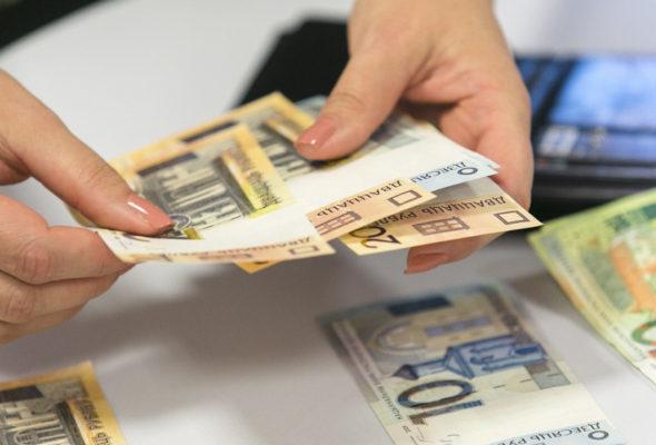 В мае жители Барановичей получили самые большие зарплаты с начала года