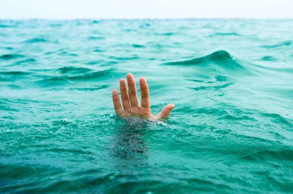 В Барановичах утонули мужчина и женщина