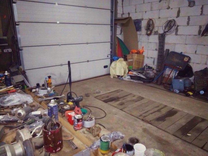 В Ивацевичах тяжелые ворота гаража опустились на шею 8-летней девочке