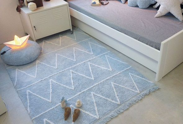 С ковром и шторами ваш дом будет уютнее
