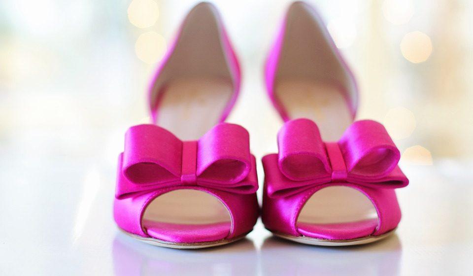 Жительница Барановичей нашла в интернете туфли мечты, но нарвалась на мошенницу