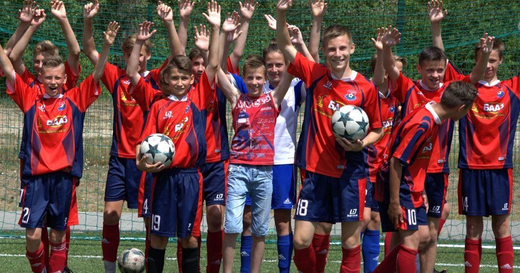Юные барановичские футболисты стали лучшими на областной спартакиаде