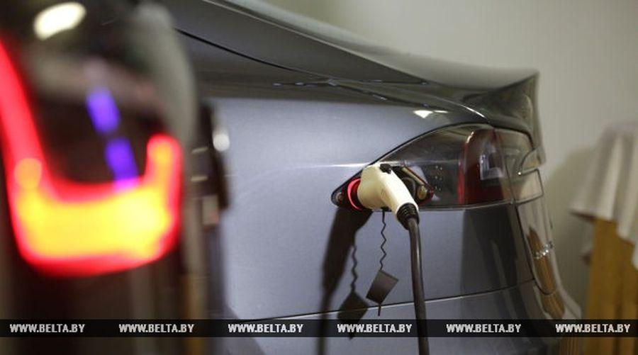 В Беларуси освободили от транспортного налога владельцев электромобилей